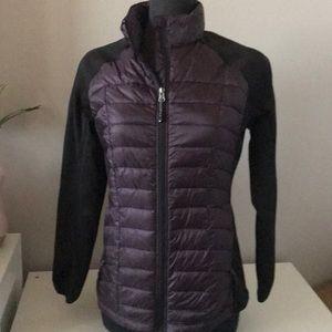 Weather proof light puffer jacket